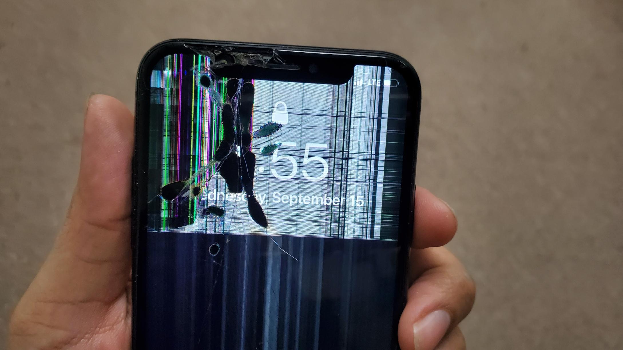 Broken iPhone X Screen Replacement Plano